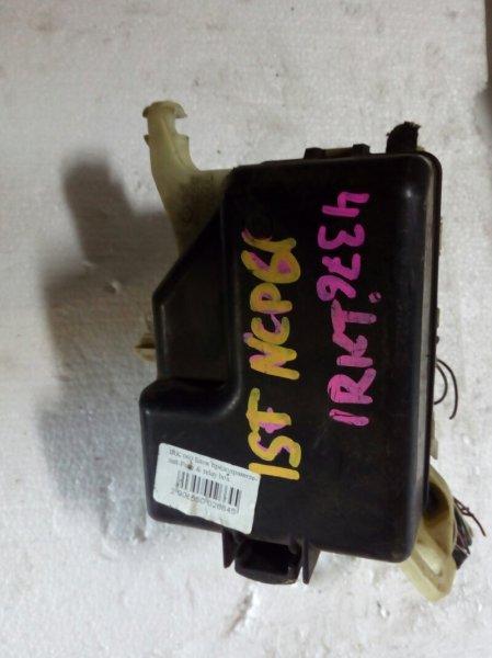 блок предохранителей TOYOTA IST NCP60 2NZ-FE 2002-2007