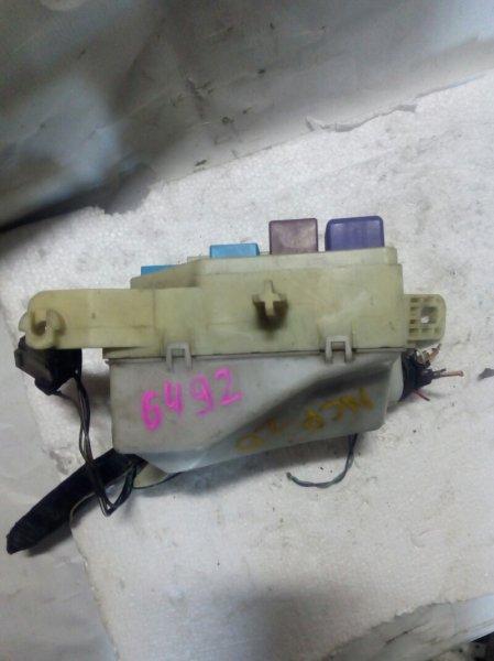 блок предохранителей TOYOTA FUNCARGO NCP20 2NZ-FE 1999-2005