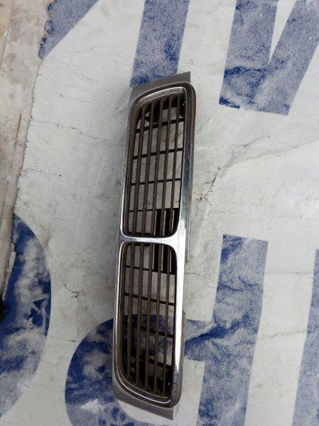 решетка радиатора NISSAN BLUEBIRD EU14 SR18DE 1996-2001