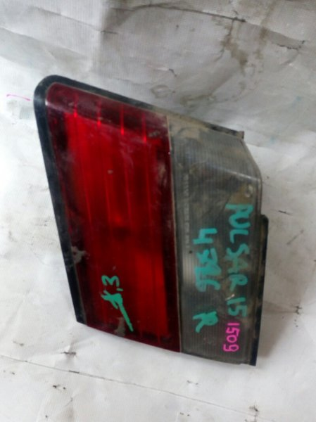 вставка багажника NISSAN PULSAR FN15 GA15DS 1995-1997  правый
