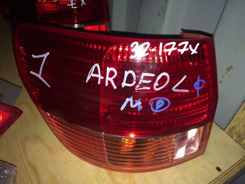 стоп-сигнал TOYOTA VISTA ARDEO SV50 3S-FSE 2000-2003  левый