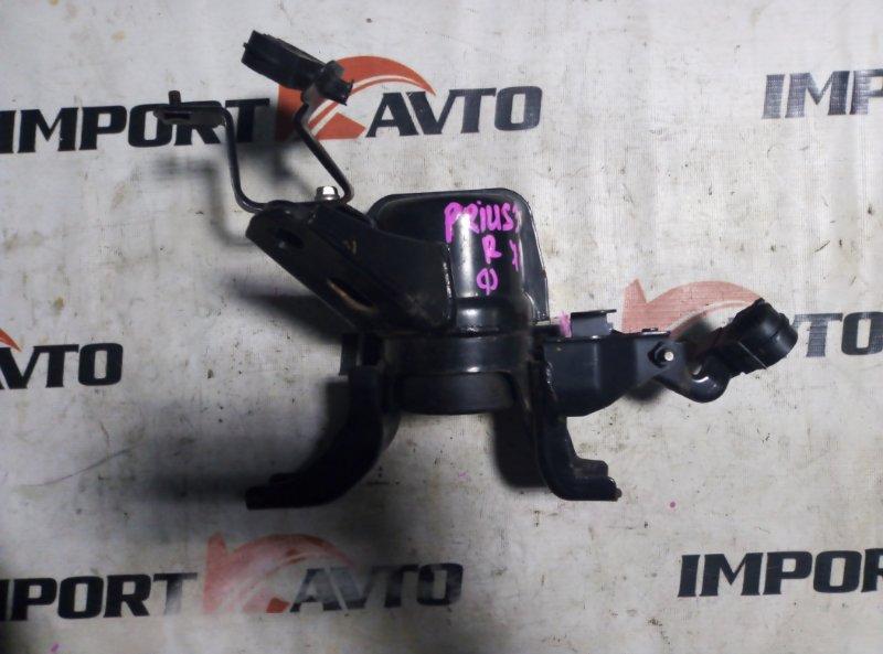 подушка двигателя TOYOTA PRIUS ZVW30 2ZR-FXE 2009-2015  правый