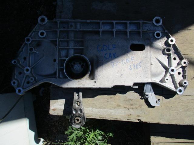 подушка двигателя VOLKSWAGEN GOLF 5K1 CAXA 2008-2013
