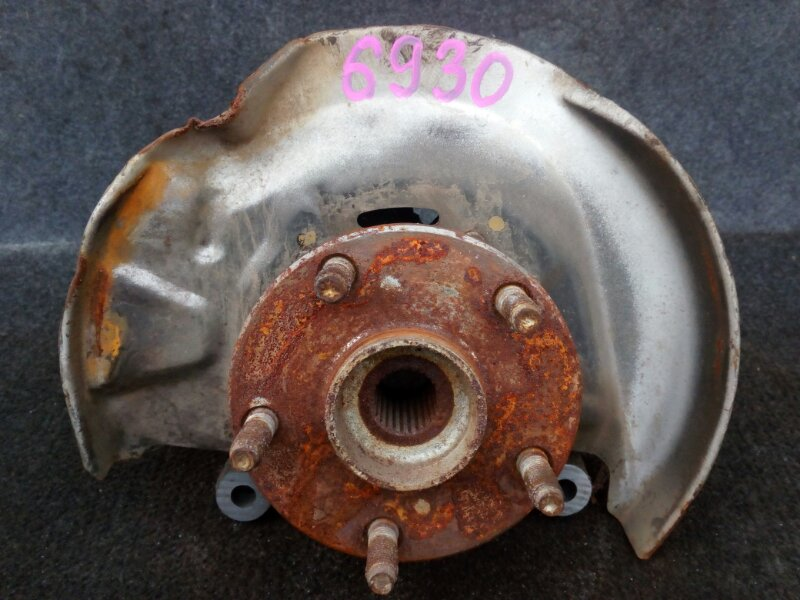ступица TOYOTA NADIA ACN10 1AZ-FSE 2001-2003 передний правый
