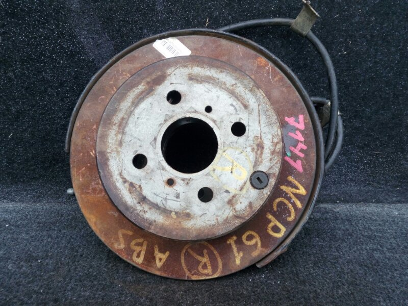 диск тормозной TOYOTA IST NCP60 2NZ-FE 2002-2007 задний правый