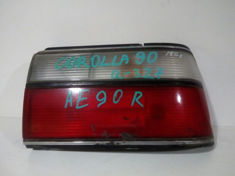 стоп-сигнал TOYOTA COROLLA AE91 5A-F 1987-1991  правый