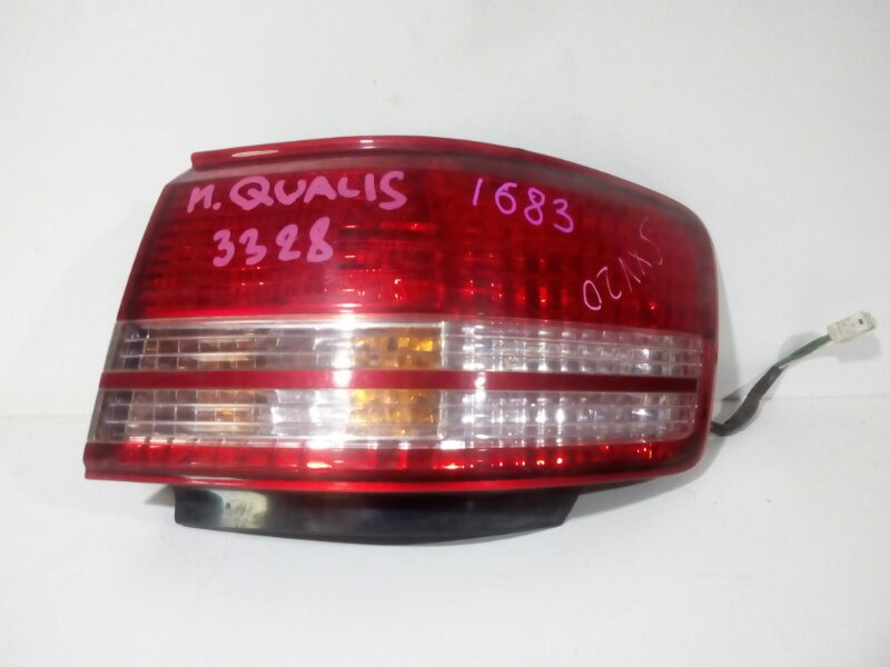 стоп-сигнал TOYOTA MARK II WAGON QUALIS SXV20 5S-FE 1997-1999  правый