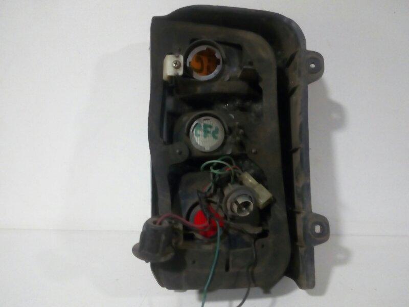 стоп-сигнал MITSUBISHI DELICA P25W 4D56 1990-1997  правый