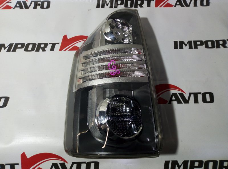 стоп-сигнал TOYOTA VOXY ZRR70 3ZR-FE 2007-2010  левый