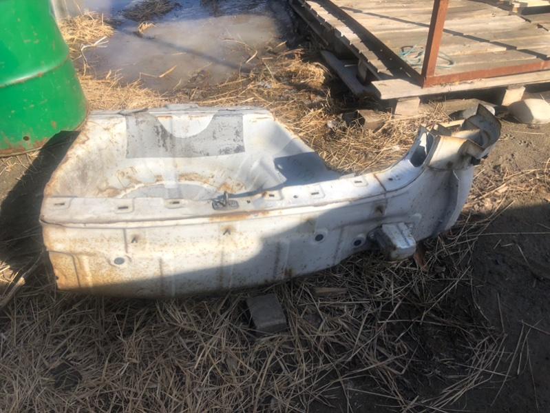 ванна NISSAN TINO HV10 SR20DE 1998-2003